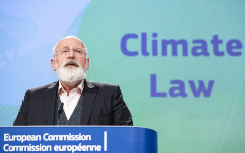 Timmermans esitlemas kliimaseadust
